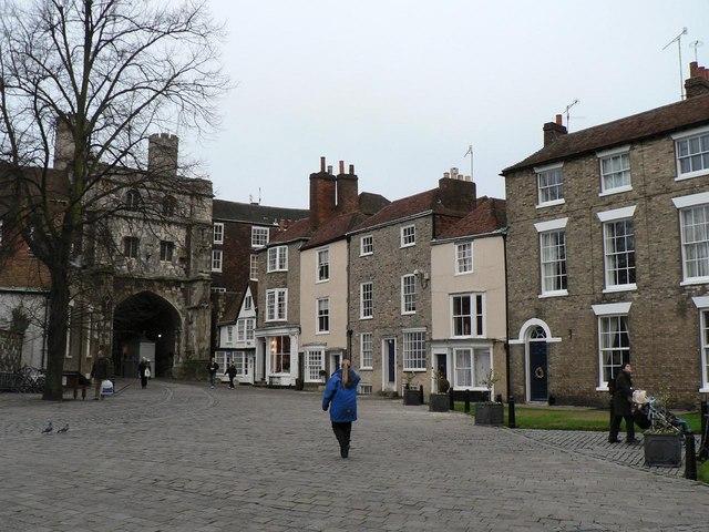 Canterbury: Cathedral Close
