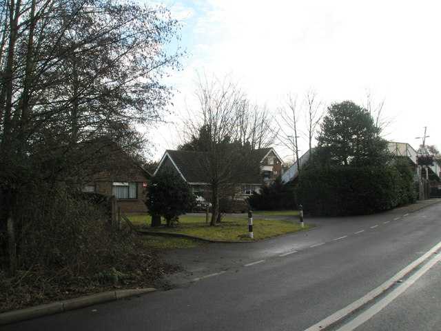 Houses in Ratham Lane