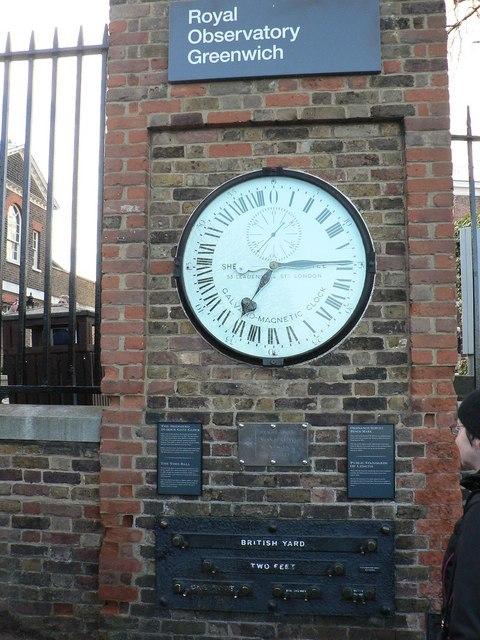 Greenwich: 24-hour clock