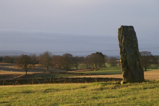Standing stone at Airlie