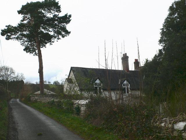Plas Efenechtyd Cottage B & B