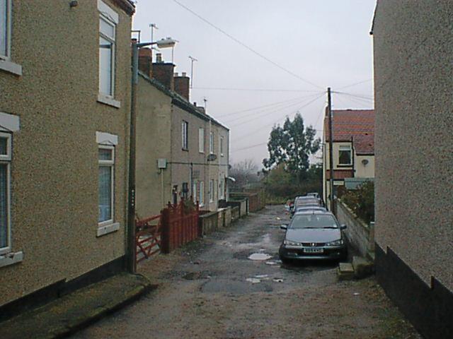 Hepthorne Lane - Cross Street