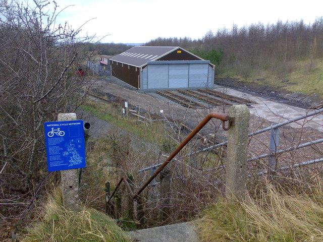 Cycle path near Cynheidre