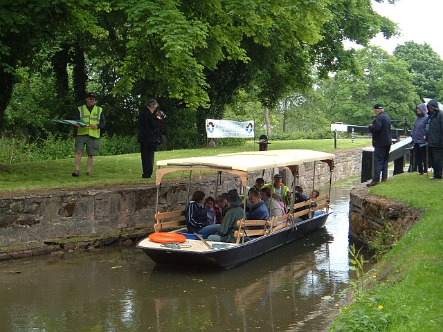 Boat trip at Fourteen Locks