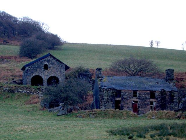 Bron y Berllan mine buildings