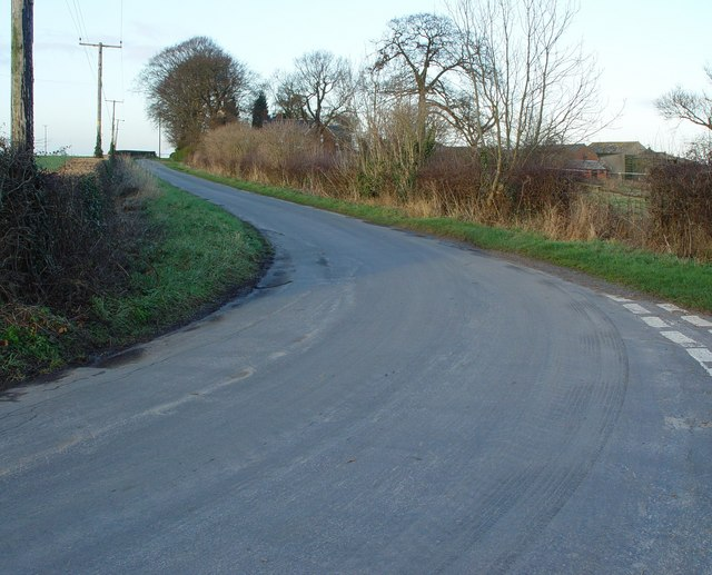 Dancing Lane to Kelwell Farm