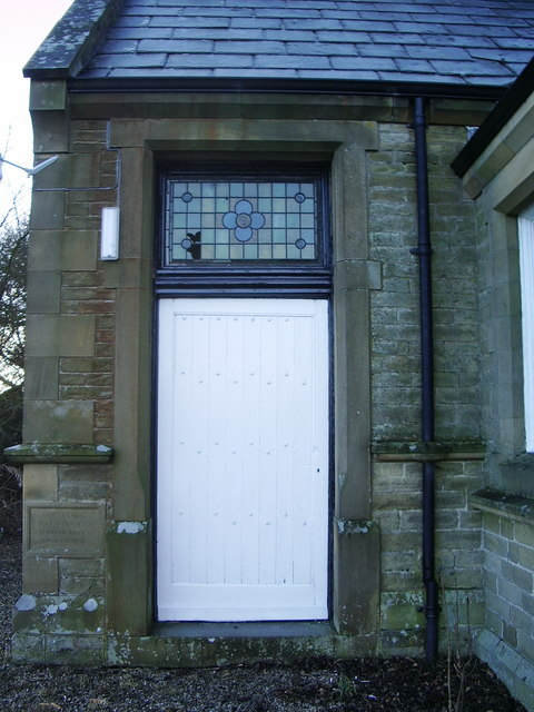 Airton Methodist Church, Doorway