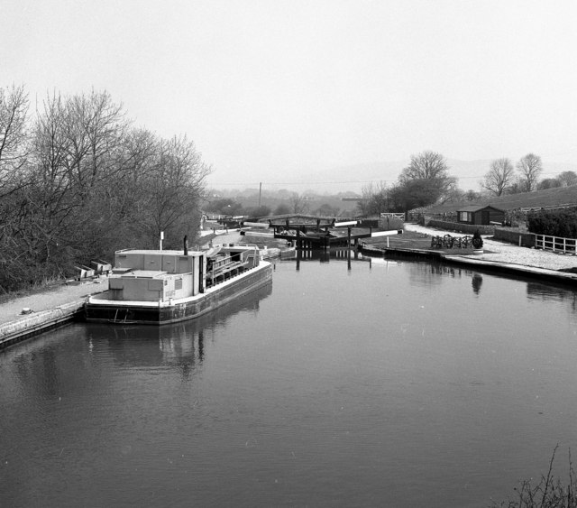 Lock No 37 and maintenance boat, Leeds and Liverpool Canal