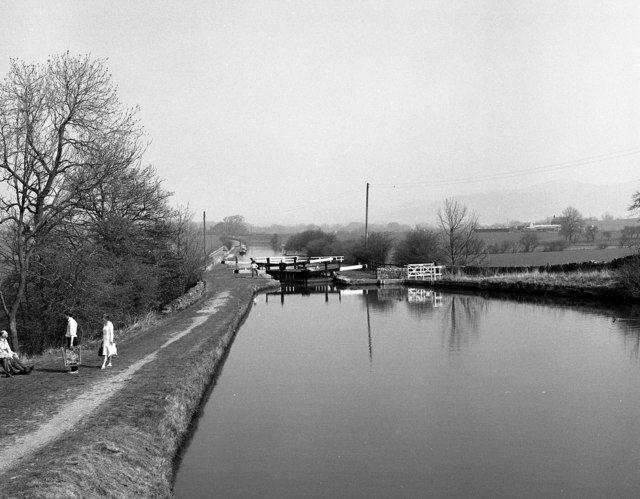 Bank Newton Bottom Lock No 36, Leeds and Liverpool Canal
