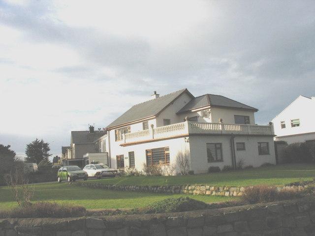 New house on the corner of Rhodfa'r Mor