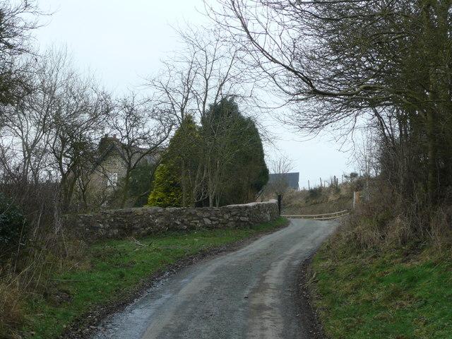 Road to Nind Farm