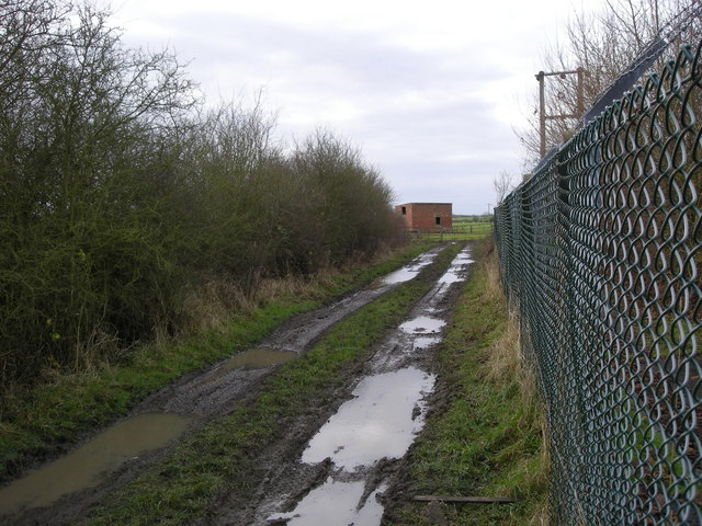 Willoughby-Muddy Track