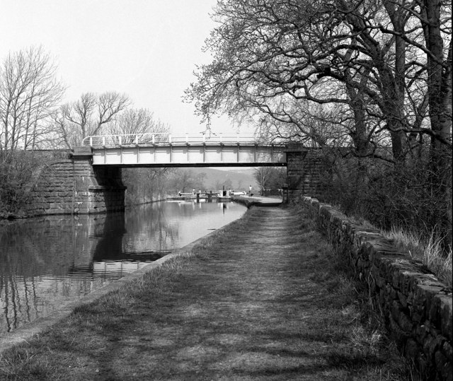 Railway bridge 168B and Stegneck Lock No 35, Leeds and Liverpool Canal