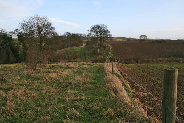 Public footpath between Eaton and Eastwell