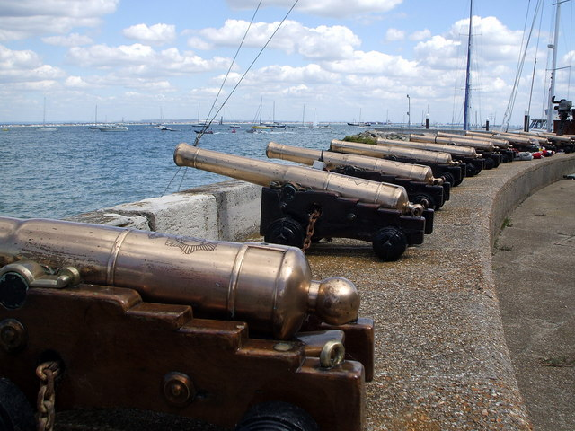 Royal Yacht Squadron starting guns at Cowes