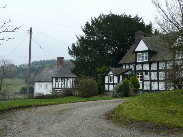 Half-timbered houses in Edgton
