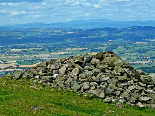 Cairn at summit of Corndon Hill