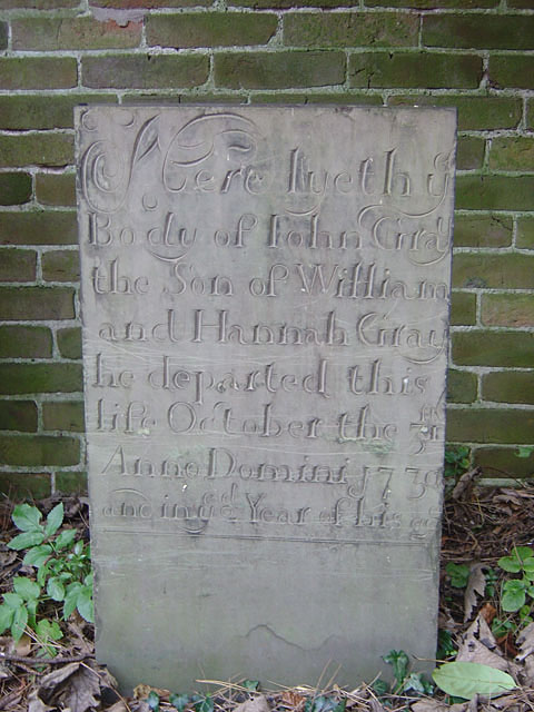 Gravestone in Colwick churchyard