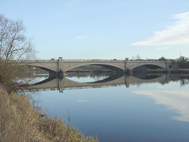 Gunthorpe Bridge from the west