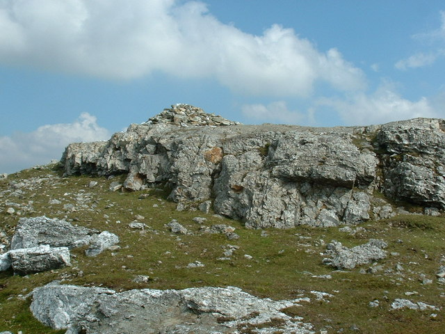 Summit cairn of Aran Benllyn