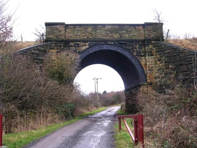 Railway Bridge over track leading from Gelderd Road