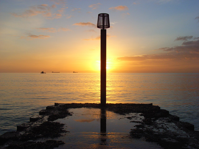 Outflow marker, Weymouth Bay
