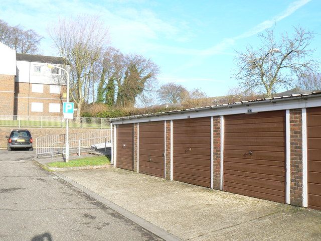 Winklebury Centre garages