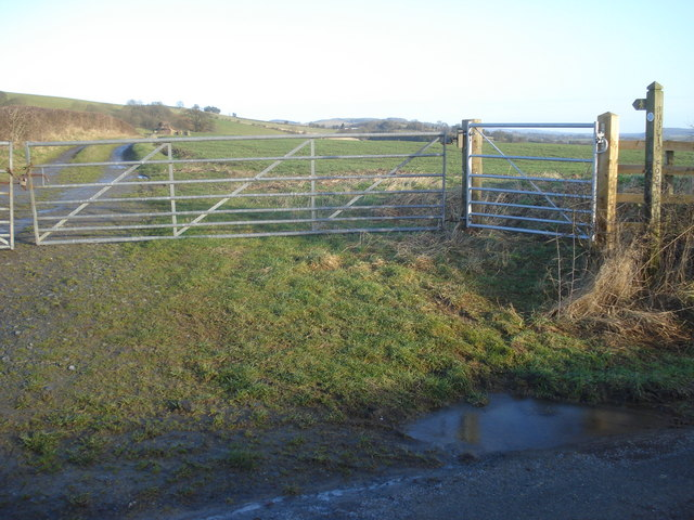 Public footpath to Hope