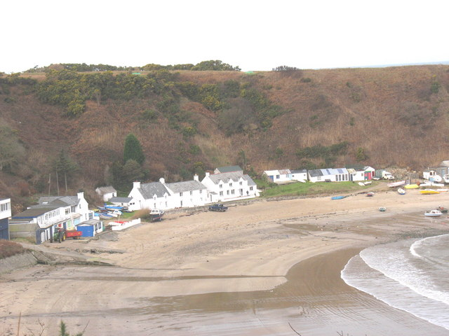 Apartments, cottages and beach huts at Porth Nefyn