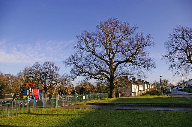 Playground and houses in eastern end of Lonsdale Drive, Enfield