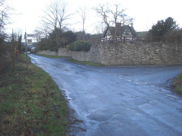 Lane junction at Hopton Castle