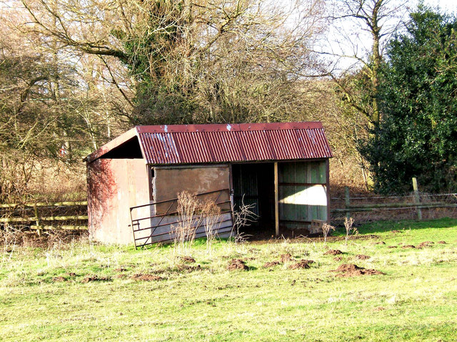 Old farm building near Wilden Pool