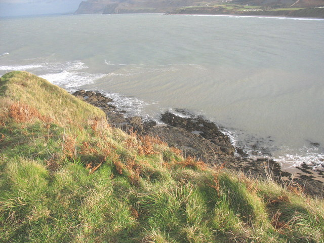 Wave refraction and wave cut platform on the east side of Penrhyn Nefyn