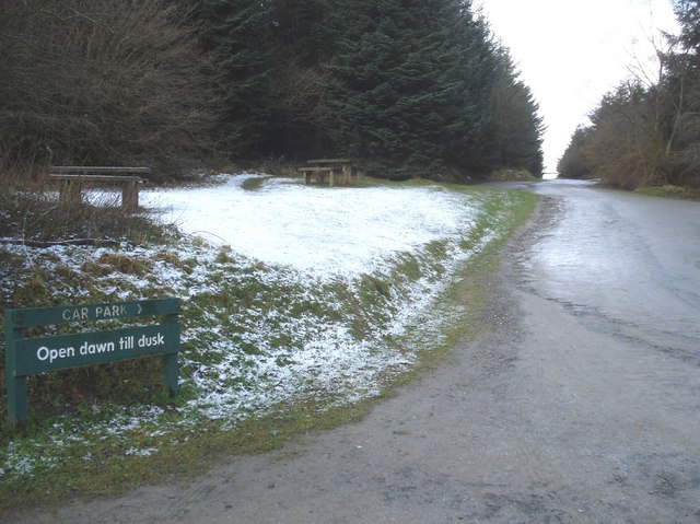 Car park and picnic site at Hopton Wood