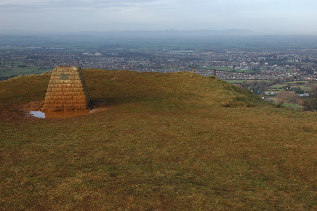 Toposcope on Leckhampton Hill