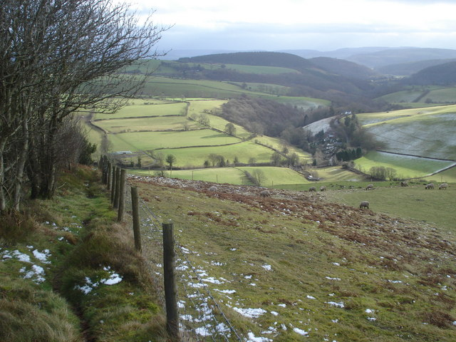 Public footpath to Obley and the Redlake valley