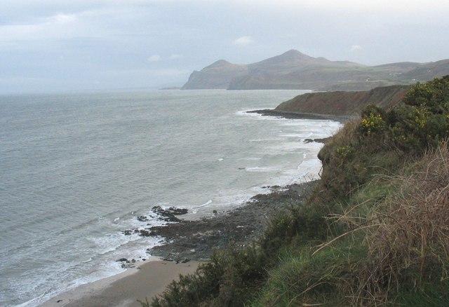 View along the eastern shores of Porthdinllaen Bay towards Penrhyn Nefyn