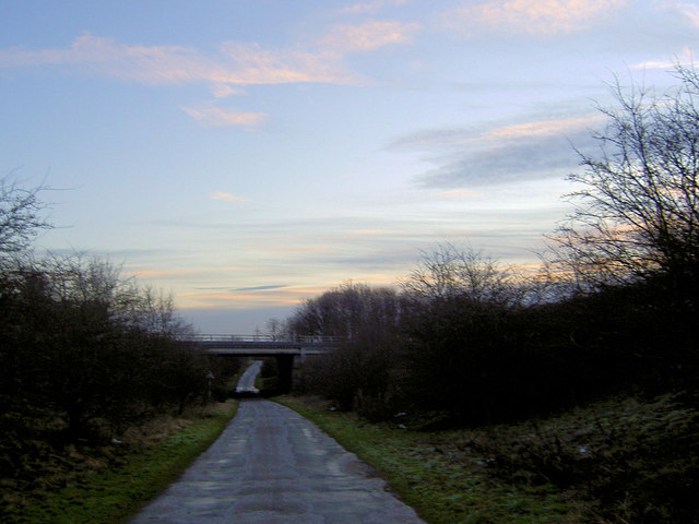A1M bridge over the minor road to Wellingley