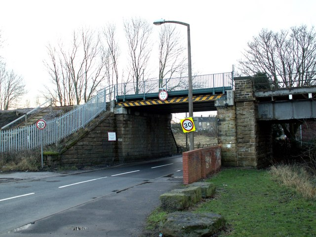Dearne Hall Road Railway Bridge BAH2-27