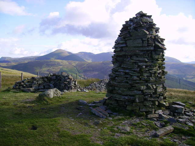Cairn and Windshelter , Broom Fell