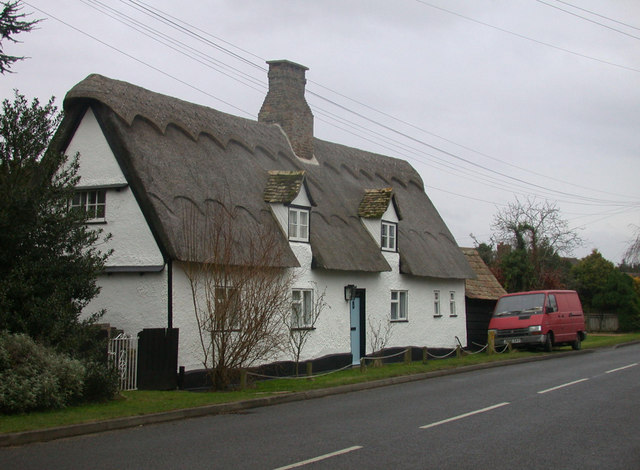 Thatched cottage (2), High Street