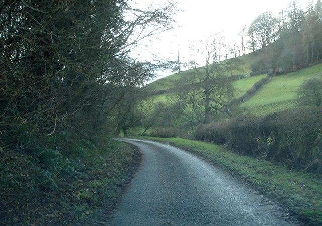 Lane south of Wheelbarrow Bridge