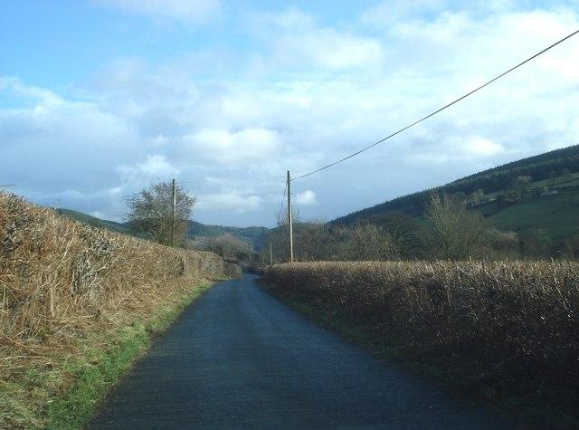 Lane east of Chapel Lawn