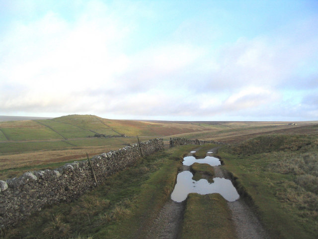The crest of Black Hill Road