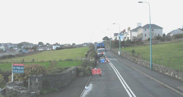 Roadworks in Porthmadog Road, Criccieth