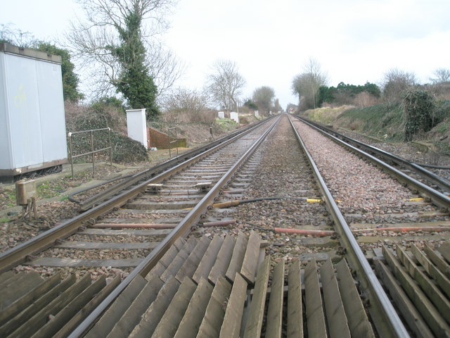 Train track east of Nutbourne Station