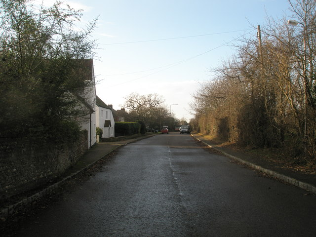 Cul-de-sac parallel to A259 at Nutbourne