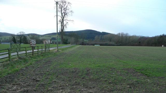 Road to Heath Farm