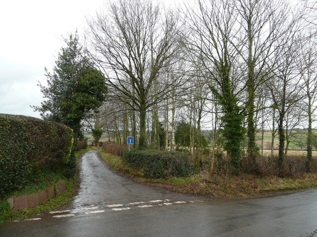 Start of Pinford Lane