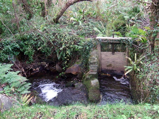 Sluice for mill leat